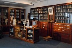 Musée de la médecine 04 - Pharmacie anglaise
